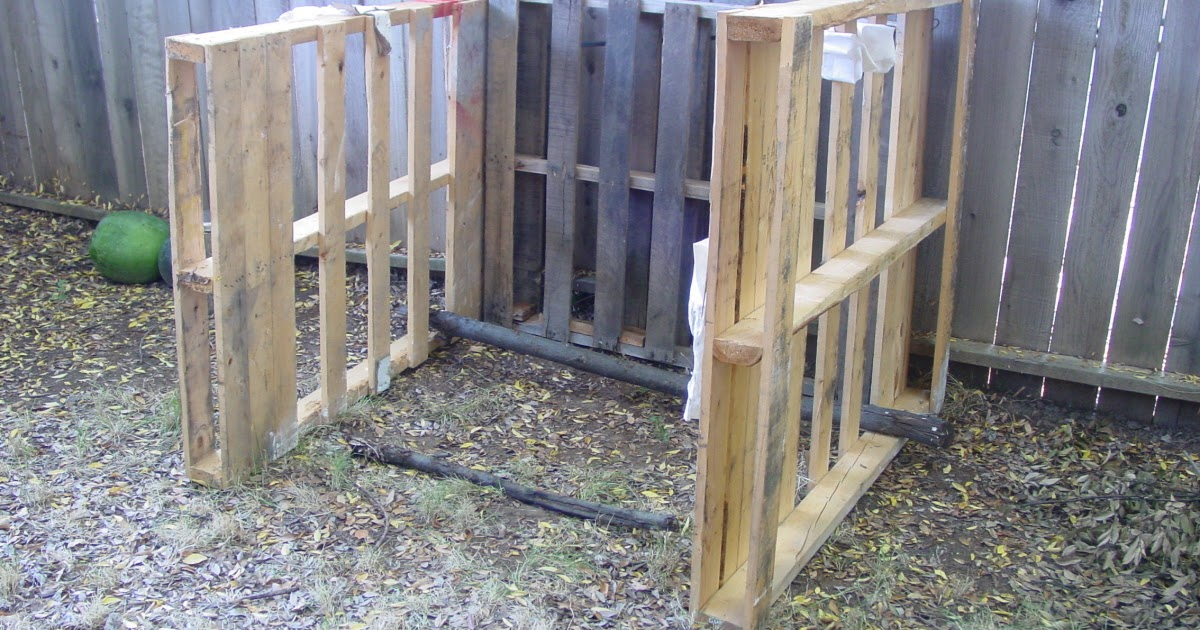 The Next Chapter Farming In Suburbia Pallet Compost Bin And