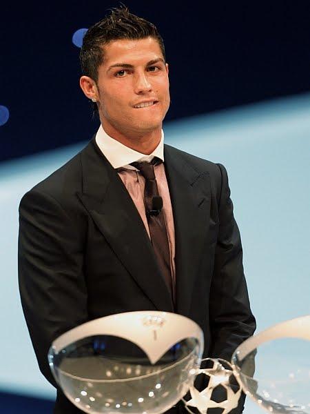 cristiano ronaldo haircut. Cristiano Ronaldo, a player