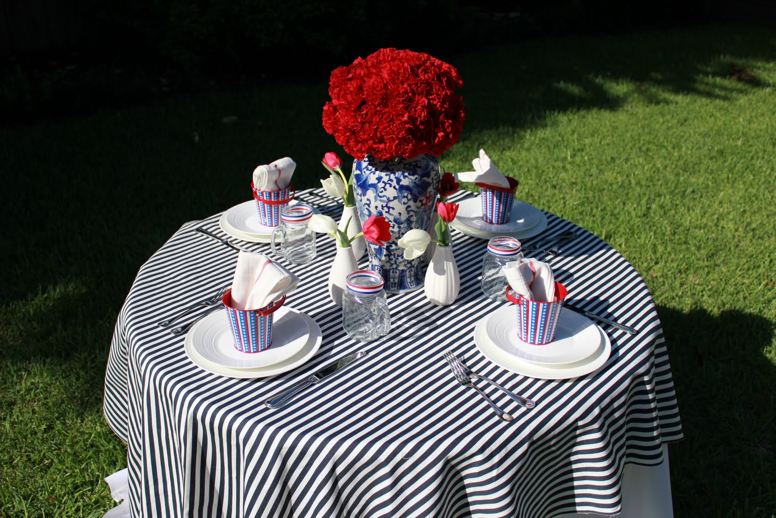 P is for party inspiration my july fourth table setting - Deco table marine ...
