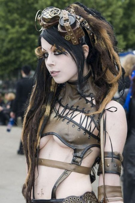Steampunk Meets Hot Cosplay Babes I Like This Trend