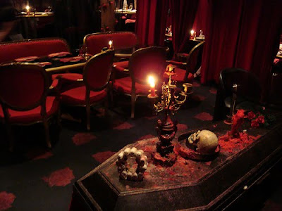 Vampire Cafe In Ginza Seen On www.coolpicturegallery.us