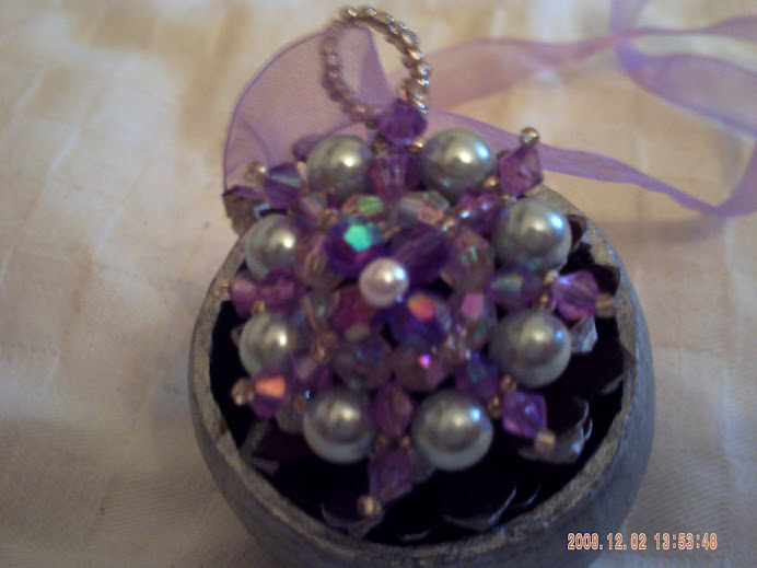 Halvány lila organzán