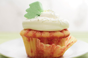 Holiday Poke Cupcakes Recipe