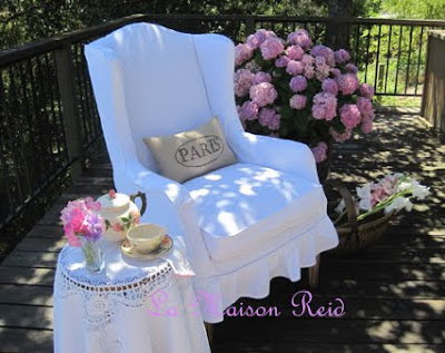 Wing Chair Slipcover. Shabby White Slipcover Tutorial