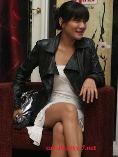 Intip Celana Dalam Ratna Galih - Wanita Cantik Seksi