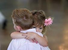 Um forte abraço para todos os que ficam e que gostam de mim