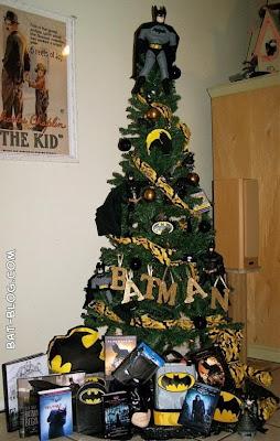 BATMAN CHRISTMAS TREE - Holiday Decoration! | bat 3