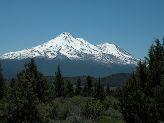 unobstructed view of Mount Shasta