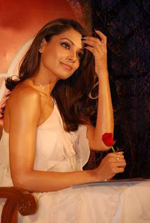 Bipasha Basu Promotes Valentine Gili