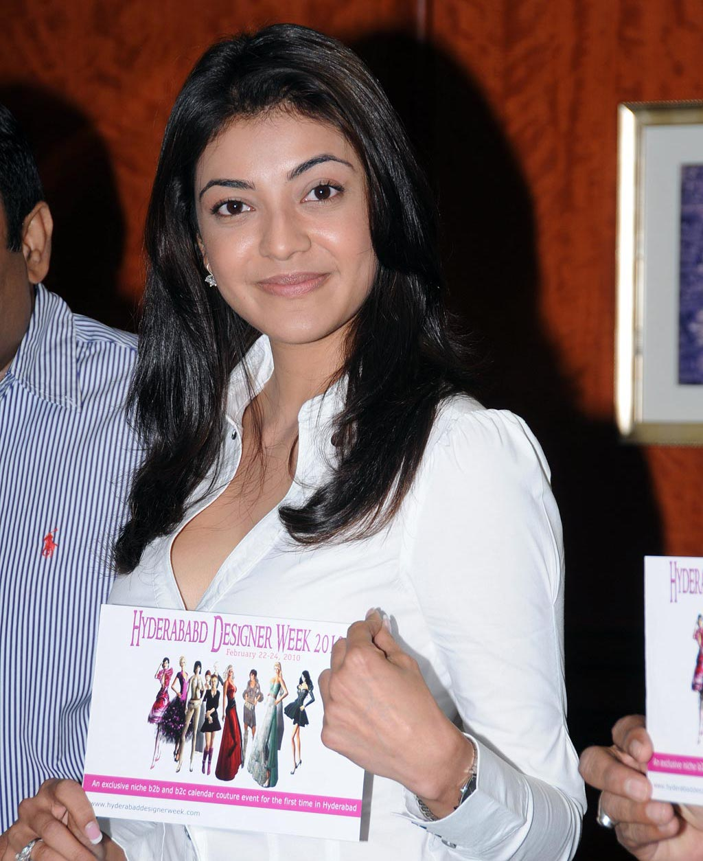 Kajal Agarwal Bra http://www.gossipall.com/topic/4613-kajal-agarwal-in-sexy-white-top-showing-cleavage-and-bra/