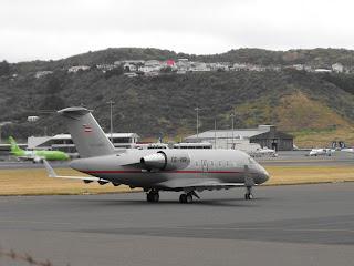 Canadair Challenger 604, OE-INP
