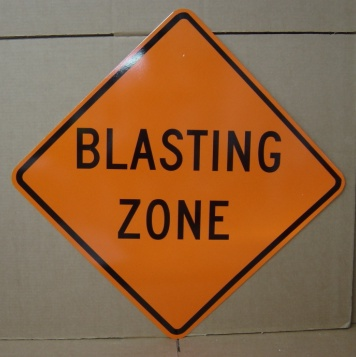 [blasting_zone_construction_signs.jpg]