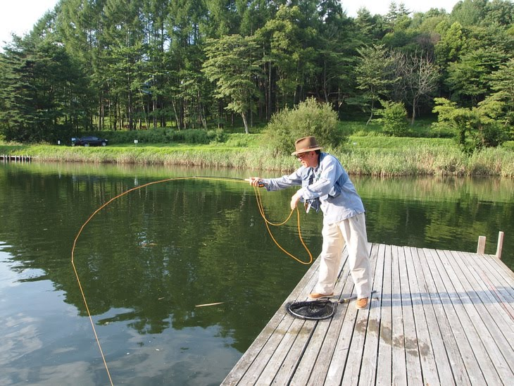 Four seasons angling club fishing ponds near mount fuji for Ponds to fish in near me