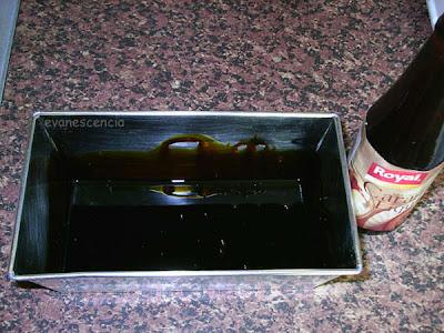 añadimos el caramelo al molde