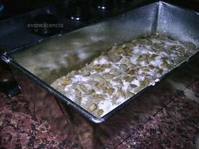 masa pan de pipas antes de meter al horno