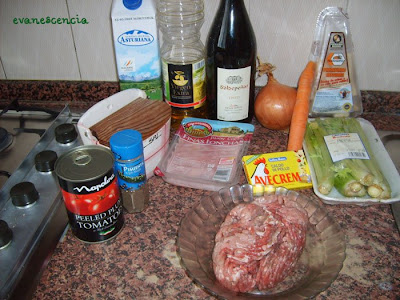 ingredientes salsa carne con tomate