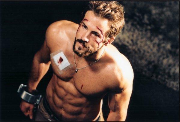 ryan reynolds body. Body-Attitude: 7 sexiest