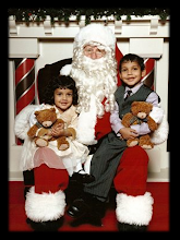 Santa & The Munchkins