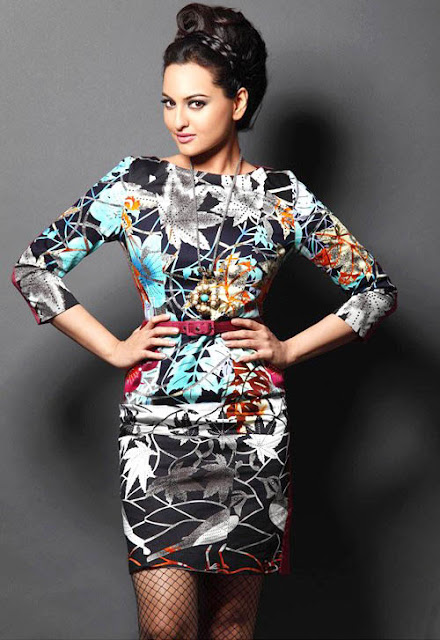 sonakshi sinha hot bollywood actress hot sexy pics pictures wallpapers