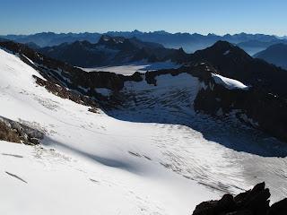 Blick vom Südgrat des Ötztaler Urkund über den Rofenkarferner