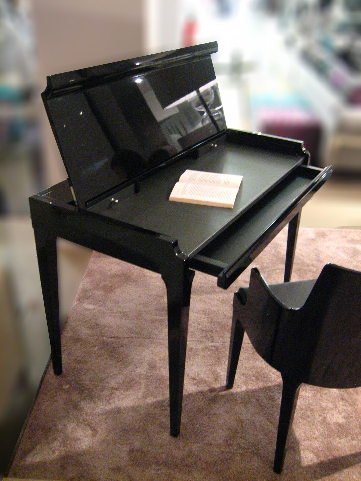 gregorysung pianoforte secretary by gregorysung for roche bobois. Black Bedroom Furniture Sets. Home Design Ideas