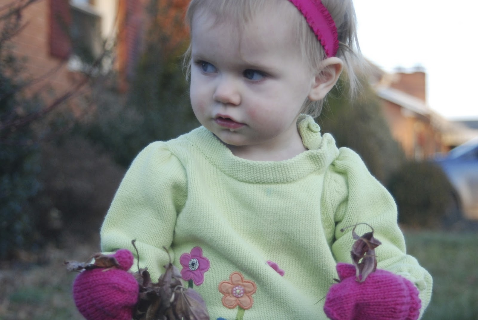 Makin it: Baby Mittens: Knitting pattern