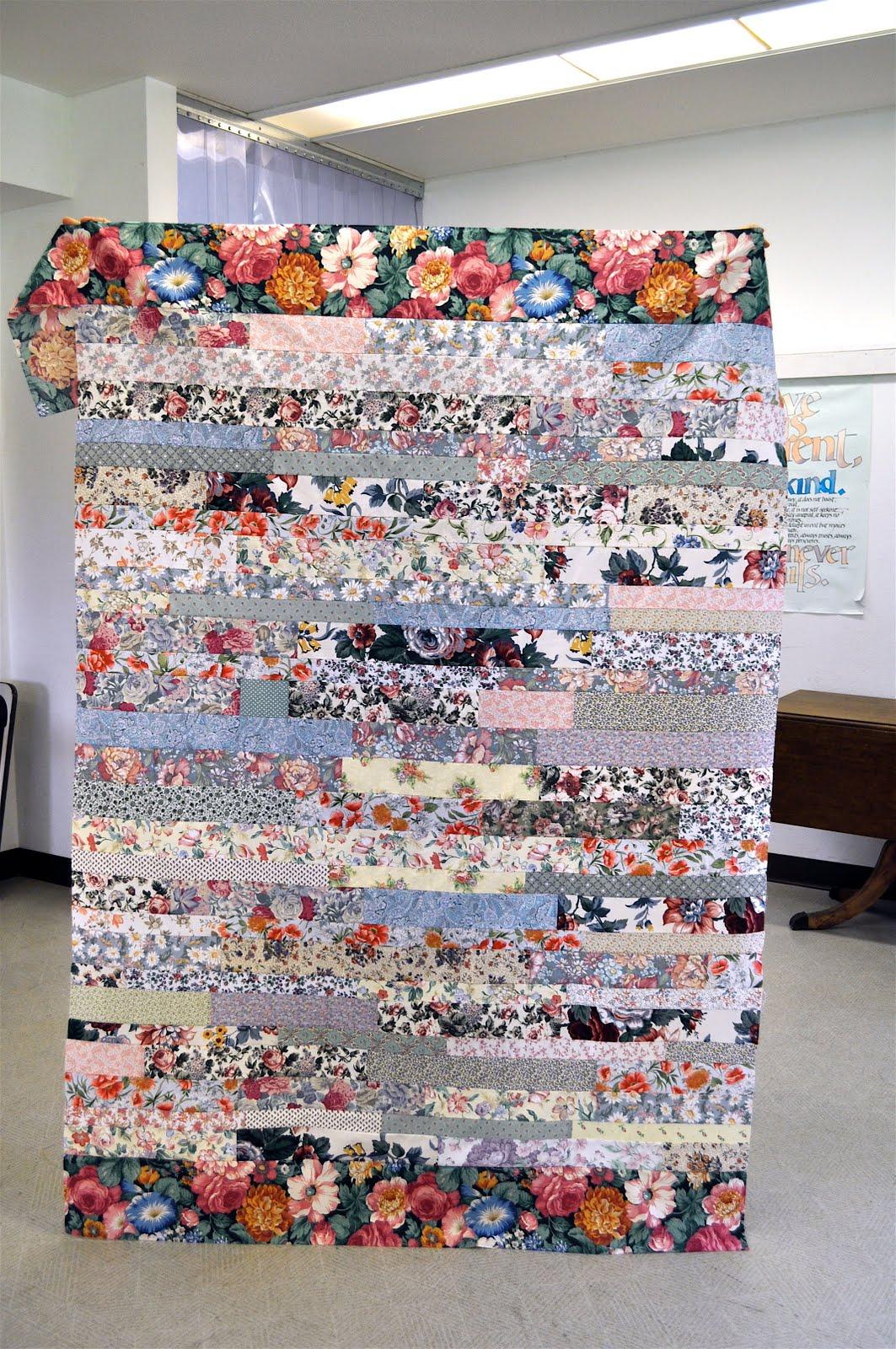 http://3.bp.blogspot.com/_2ssunQr1FDY/S-Bx9x6J8zI/AAAAAAAAFF0/pvCDml_6oyU/s1600/Wallpaper+Quilts+2+Borders+5.jpg