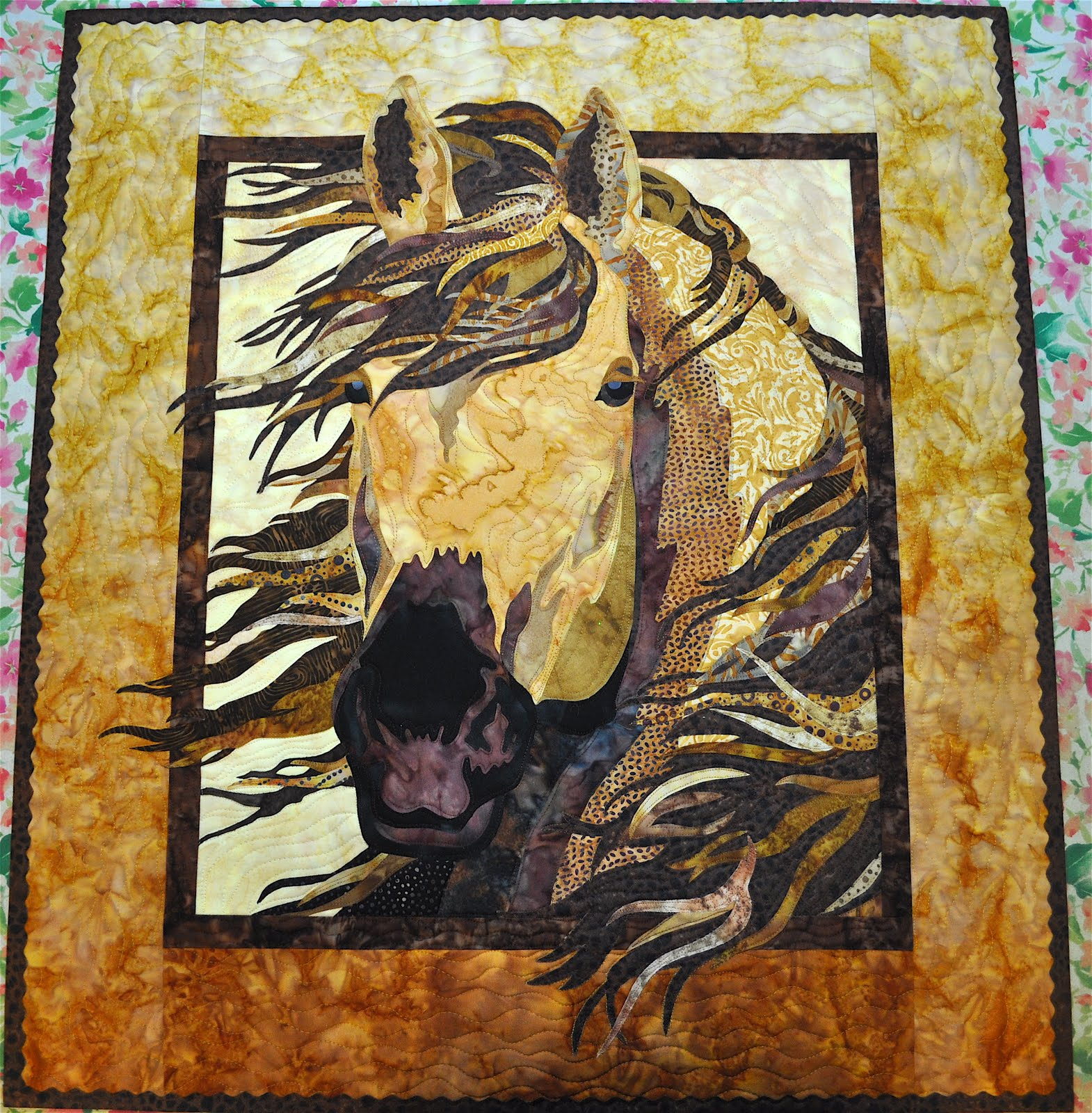 Quilt Patterns With Horses : LuAnn Kessi: Horse Quilt.......#2