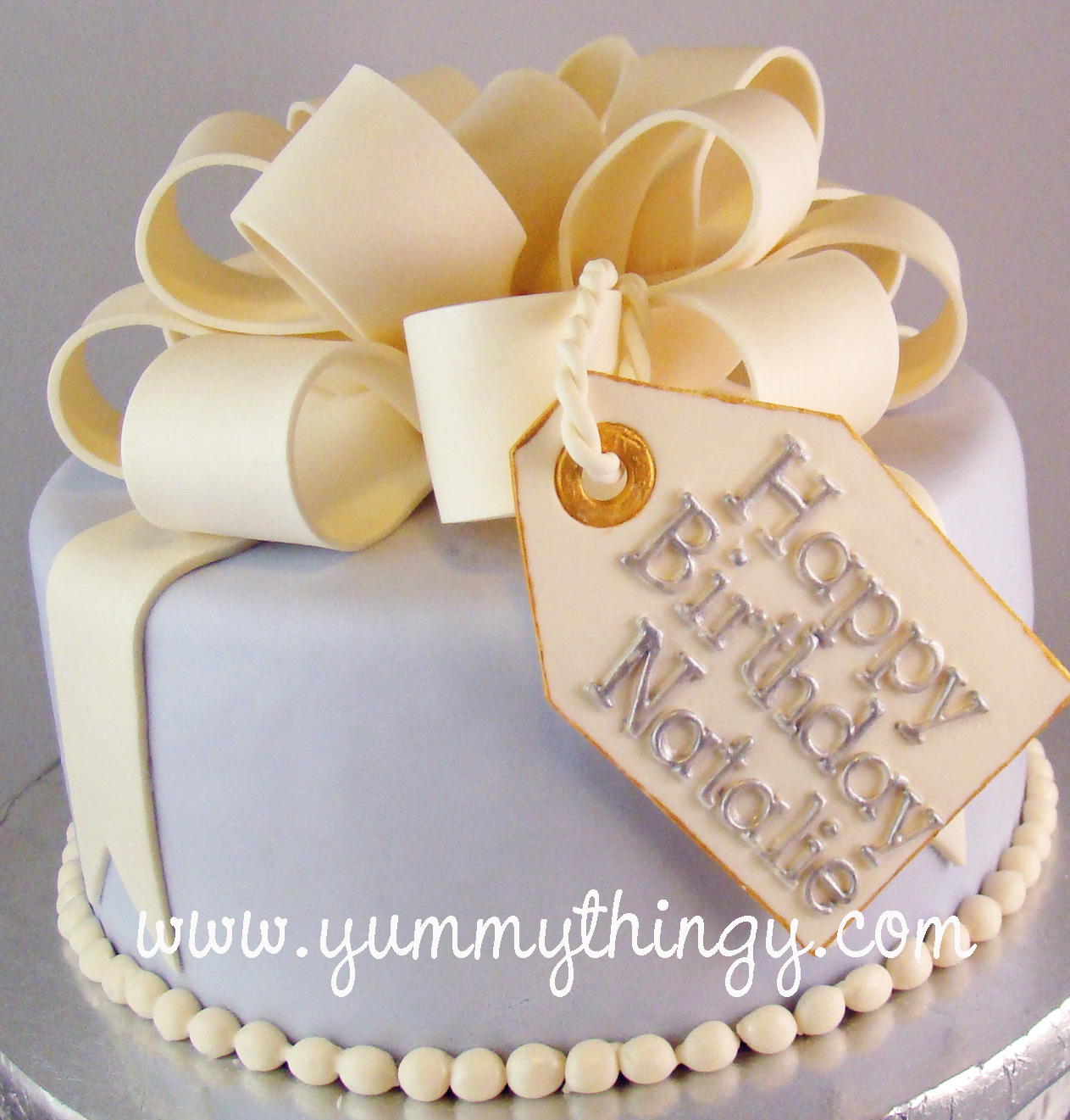 Yummy Thingy Natalies Present Cake