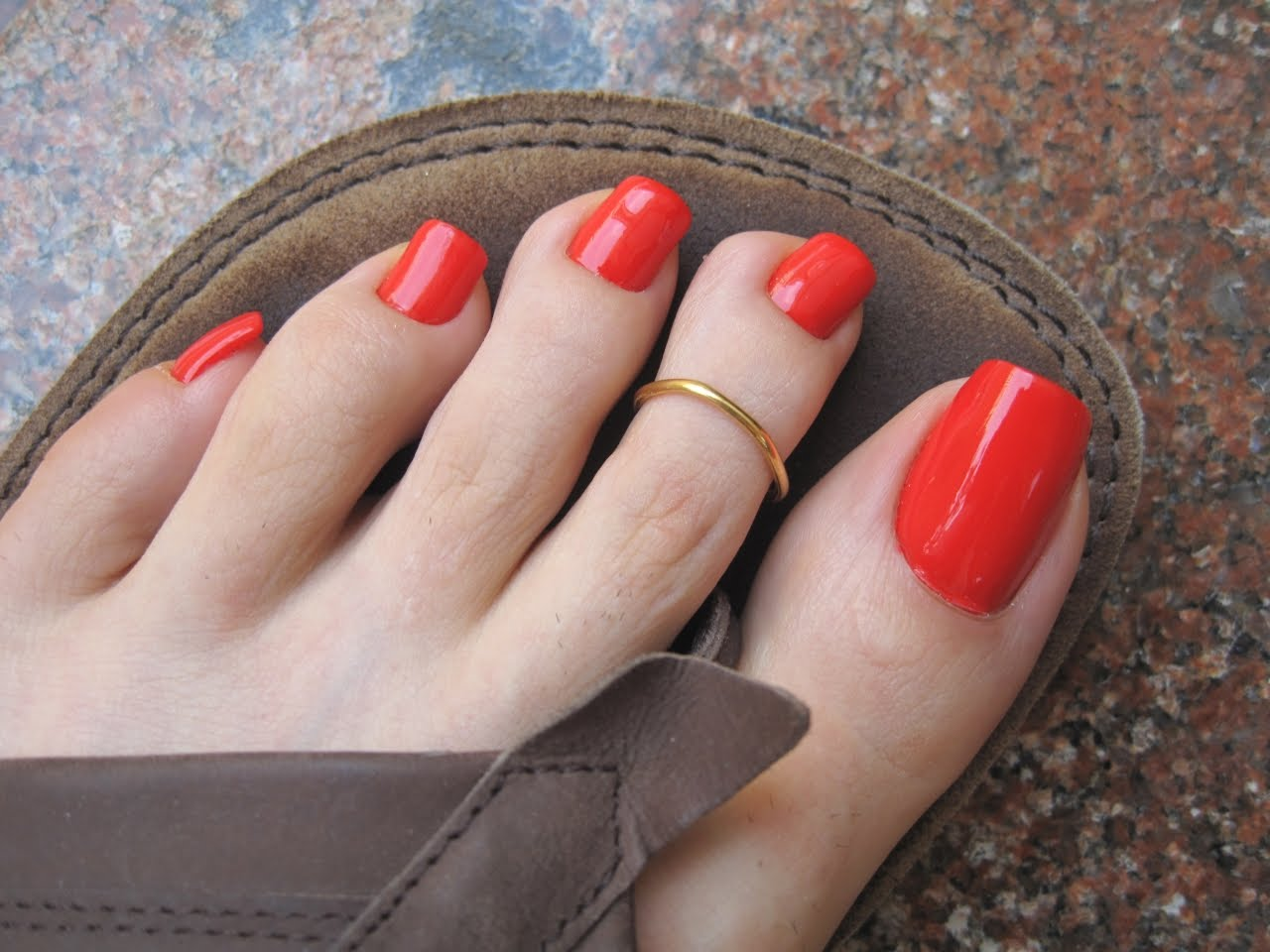 Fantastic Long Toe Nails Motif - Nail Art Ideas - morihati.com
