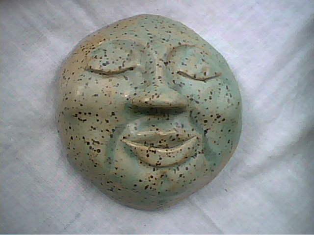 [face]