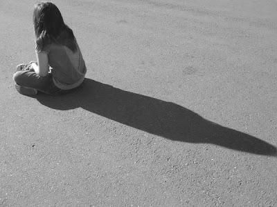 cuando veo tus lágrimas y noto tu angustia, ... mi sufrimiento es mayor y mi alma se desgarra ... poco a poco y en silencio