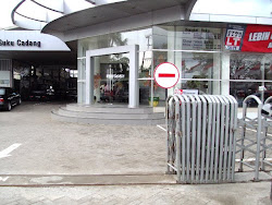 Showroom Auto2000 Palembang Plaju