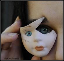 el extraño mundo de las muñecas goticas