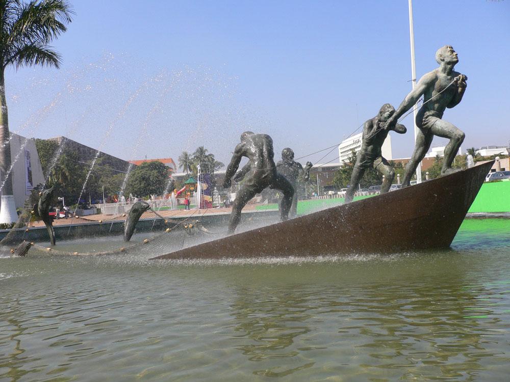 Carlos coronel augusto escobedo el escultor en villahermosa for Casa de los azulejos villahermosa
