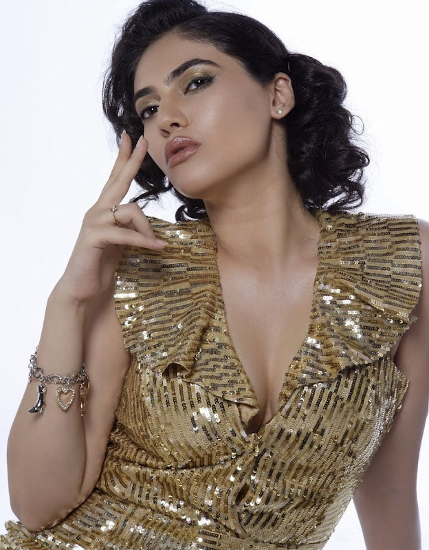 Photos Actress Sherin Hot Photoshoot PicsSherin Latest Hot Stills sexy stills