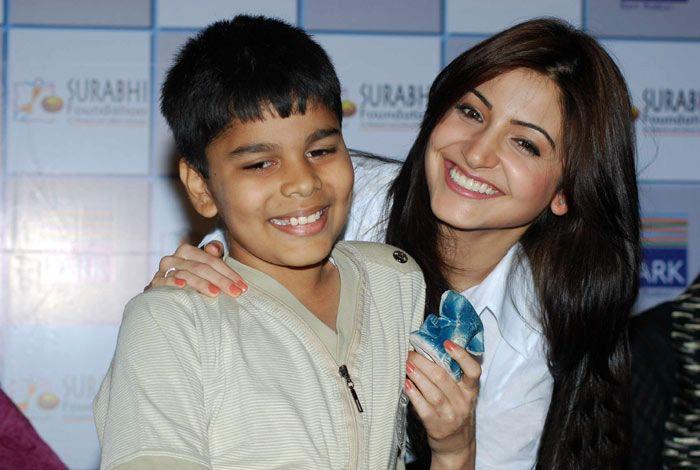 anushka sharma at handicrafts promotion unseen pics