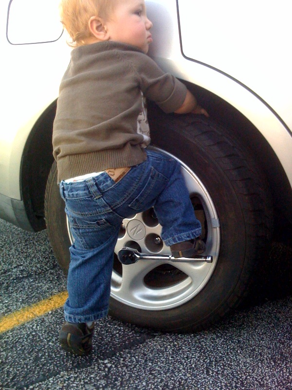 How To Safely Change A Tire 101 Ways To Survive