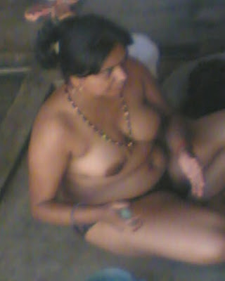 nude photos of indian aunties masturbating