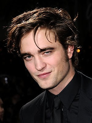 Messy Celebrity Men Haircuts 2010 - Robert Pattinson