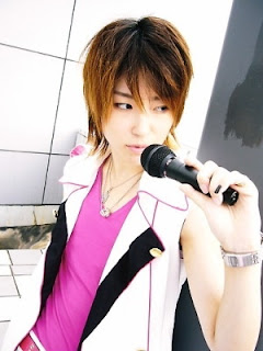 cool trendy new Japanese hair style for men Asian mens punk hairstyles.