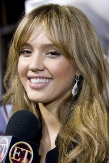 Jessica Alba Romance Hairstyles Pictures, Long Hairstyle 2013, Hairstyle 2013, New Long Hairstyle 2013, Celebrity Long Romance Hairstyles 2089