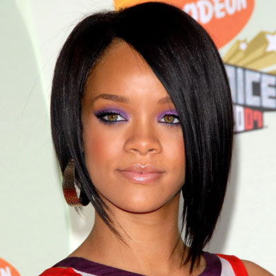Rihanna Hairstyle for oval face shapes