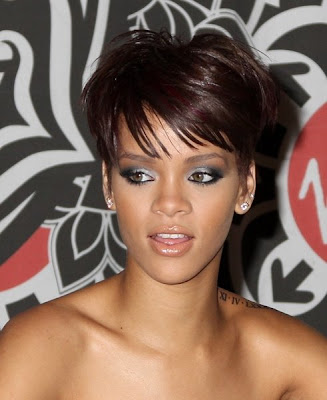 Rihanna. short hair style on stage