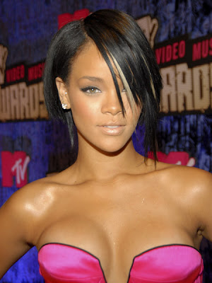 rihanna short hairstyles with bangs. rihanna short hairstyles front