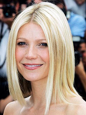 Top 20 Hollywood Celebrities Fashionable Blonde Hairstyles - Gwenyth Paltrow
