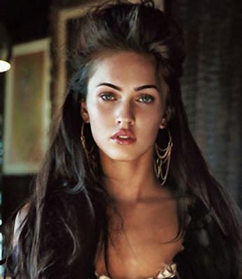 http://3.bp.blogspot.com/_30PRmkOl4ro/SgblFMe6DmI/AAAAAAAAPoU/RRXv-KumZ18/s400/Megan+Fox+Latest+and+Glamourous+Hairstyles+2009+2.jpg