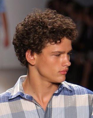 celebrity hairstyle men. curly hair styles men