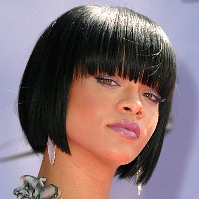 rihanna hair 2009. Rihanna#39;s Highlighted Hair
