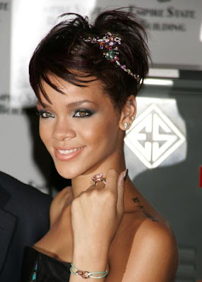 rihanna new tattoo 1